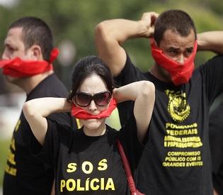 Polícia Federal hromedia Brasil ameaçam greve durante intl Copa do Mundo.  News2